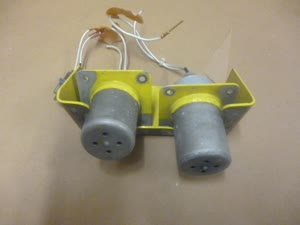 1.jpg-SWITCH FLOAT PAIR WITH BRACKET 222-325-023-101
